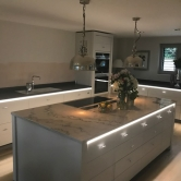 2017_kitchen_and_island