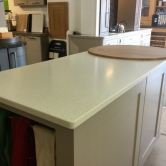 2017_kitchen_and_island_and_white_work_top4